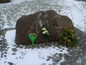 130208 Gedenkstein FBöttcher