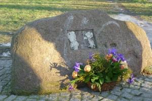 150208 Gedenkstein FBöttcher